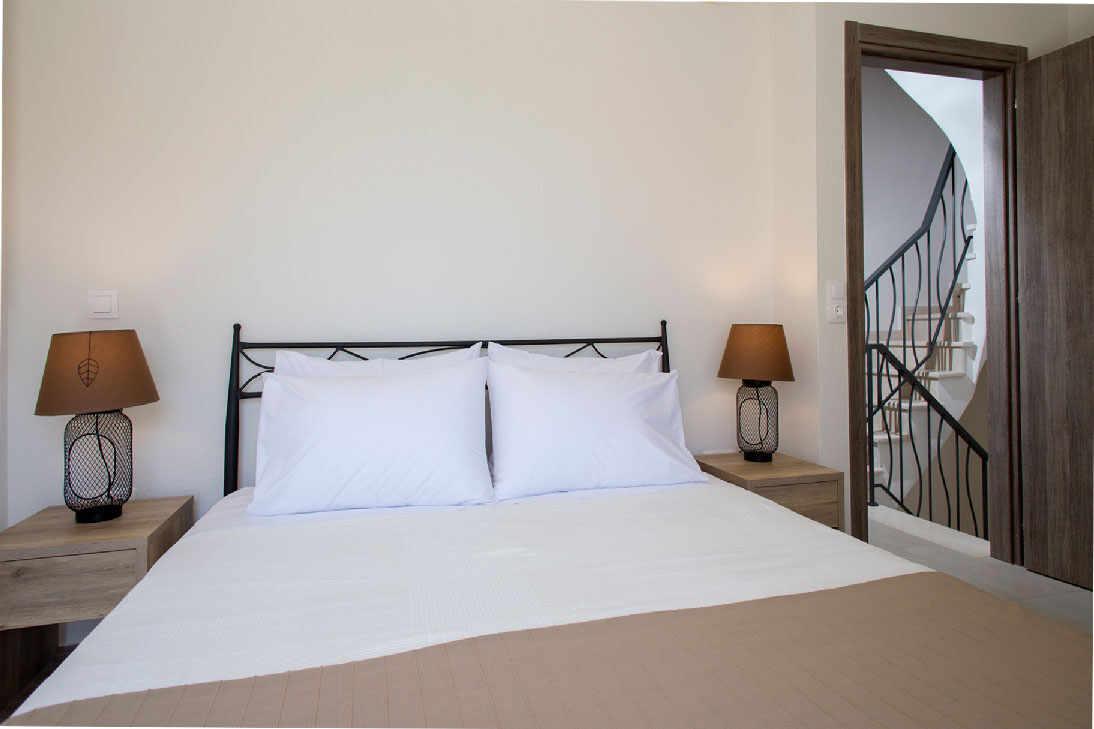 Master Bedroom of Kalisun Villas no2